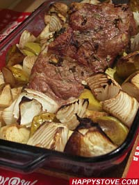 Apples and Onions Roast Pork Loin - By happystove.com
