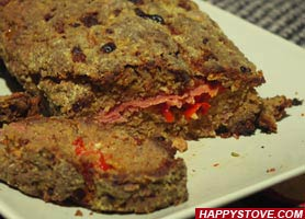 Italian Meat Loaf with Red Pepper Stuffing - By happystove.com