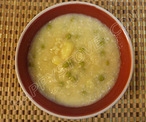 Pea and Potato Risotto Soup - By happystove.com